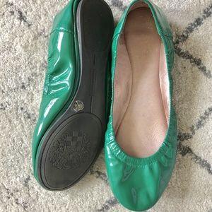 Green Vince Camuto ballerina flats sz 6